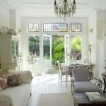 Luminosas habitaciones en una casa de estilo francés