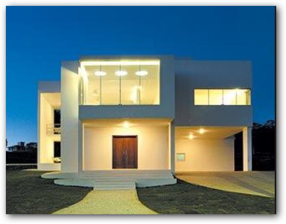 Casa mediterranea moderna en 2 plantas