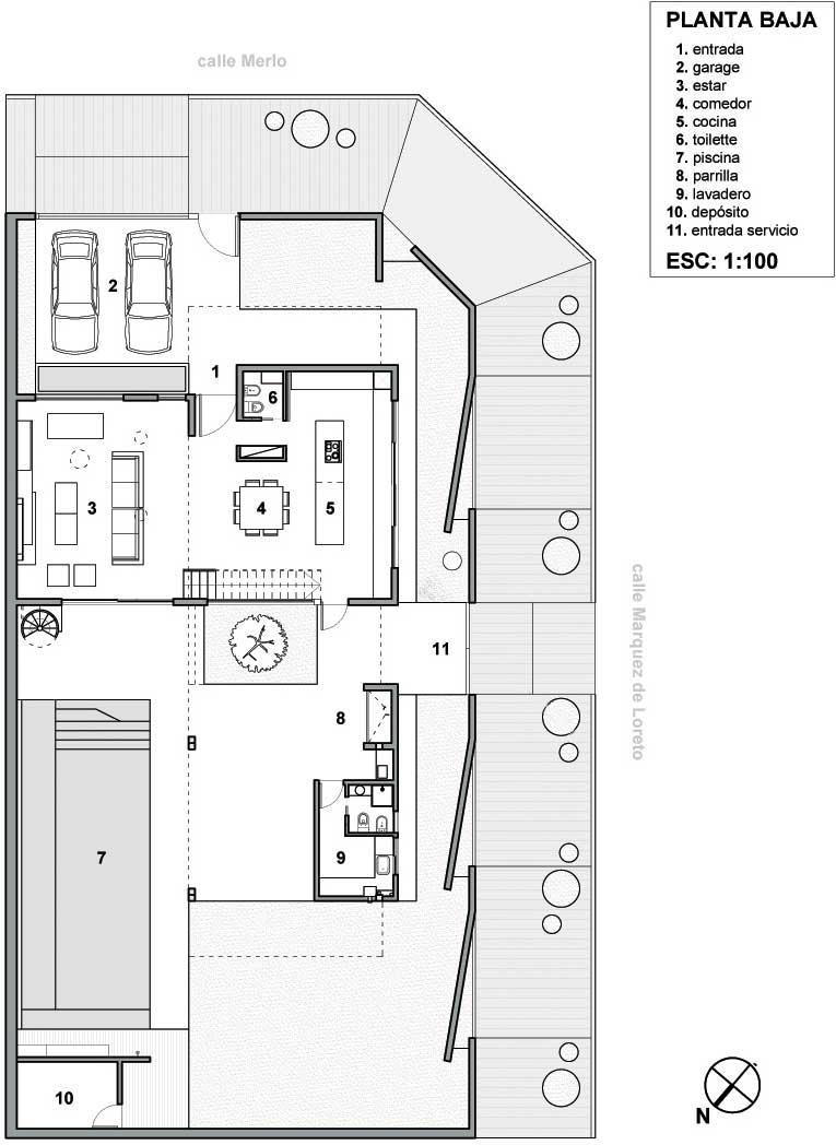 plano casa de lujo en esquina