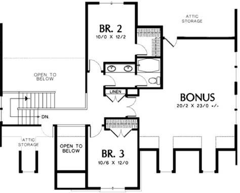 Plano de casa clásica de 4 dormitorios