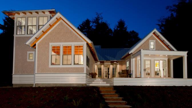 Fachada de casa moderna de 4 habitaciones