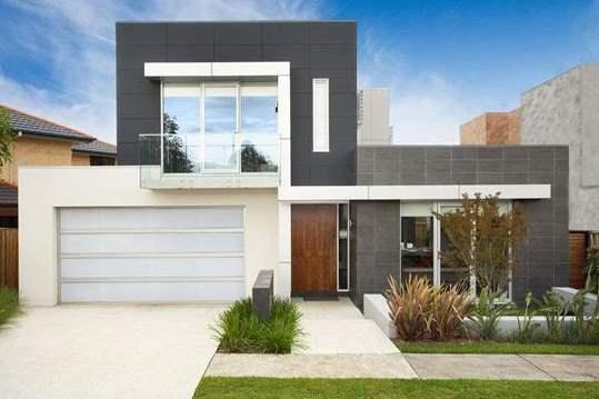 Fachada moderna con tejas y ventanas de aluminio for Fachadas de ventanas para casas modernas