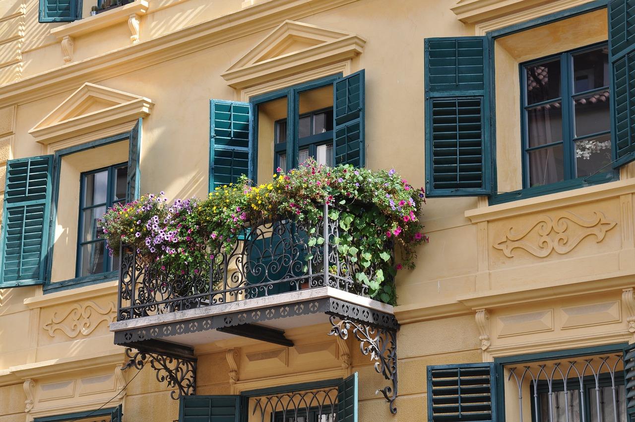 Medidas minimas para un balcón