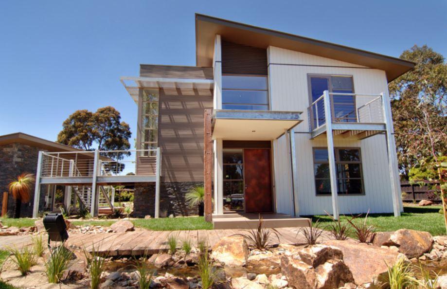 Fachadas de casas pequenas con tejas Fachadas para casas de dos plantas