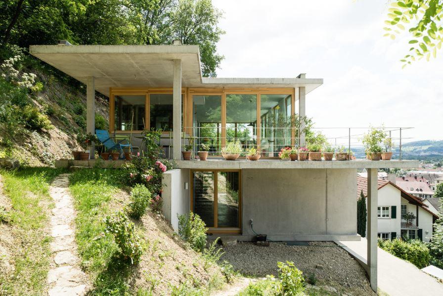 modelos-de-casas-construidas-en-pendientes