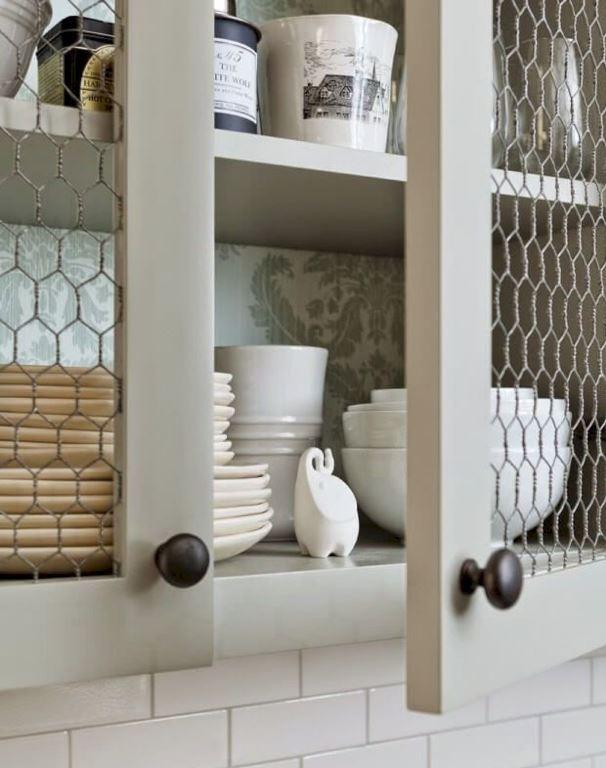 puertas-de-cocina-con-alambre-de-gallinero