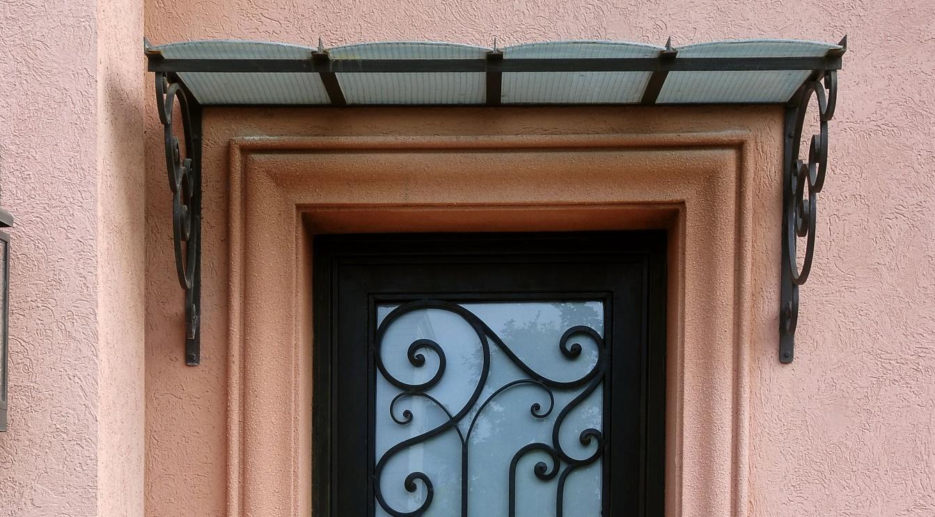 modelos-de-aleros-para-puertas