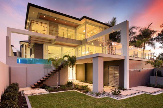 3 katlı evler için dış merdivenler