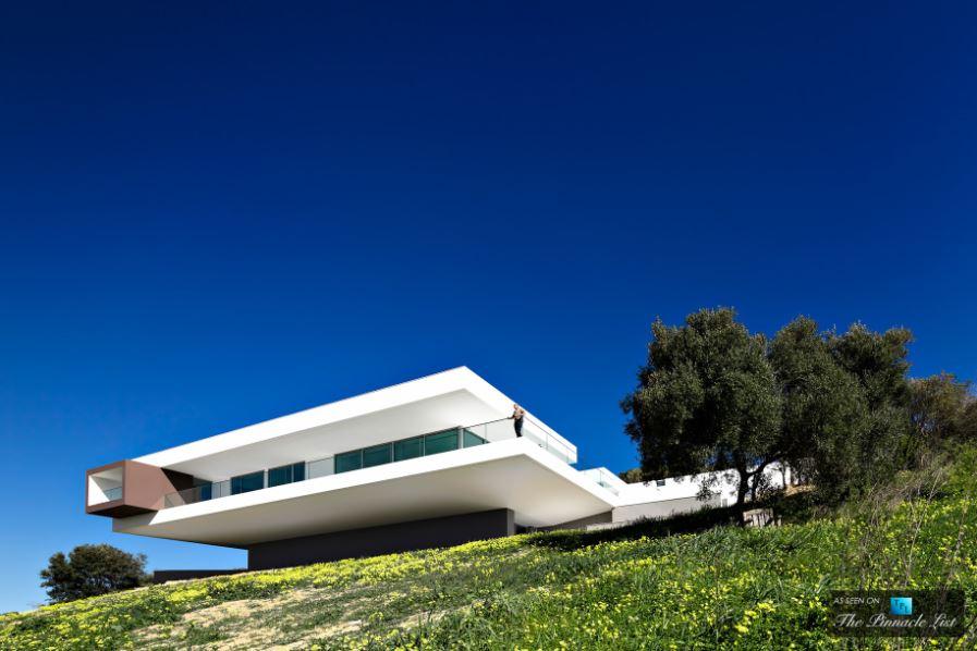 modern tepelerdeki evlerin fotoğrafları